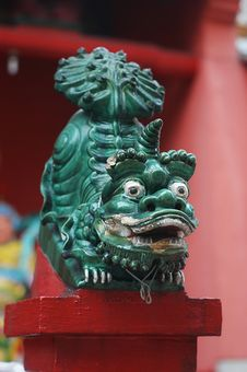 Free Chinese Lion Statue Stock Photo - 22385750