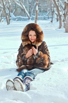 Free Young Woman On Snow Stock Photography - 22394632