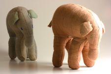 Free Elephant Herd Mentality Royalty Free Stock Image - 2244536