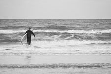 Free Gray Surf Day Royalty Free Stock Photos - 2246998