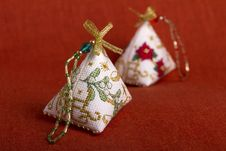 Free Christmas Decorations Stock Image - 22401001