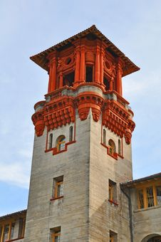 Free Spanish Style Tower Royalty Free Stock Images - 22407399