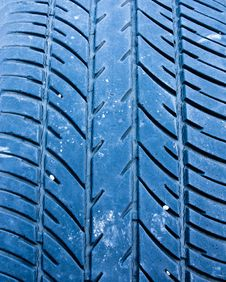 Free Car Tire Tread Royalty Free Stock Photo - 22407725