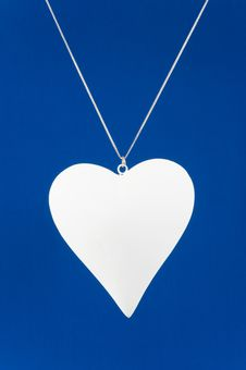 Free White Heart On Blue Vertical Royalty Free Stock Photography - 22414927