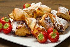 Free Dessert With Jam And Raisins Royalty Free Stock Photo - 22418145