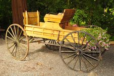 Free Old Wooden Carriage Stock Images - 22421314