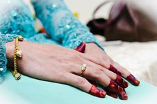 Free Hand Wearing Henna Royalty Free Stock Photography - 22421987