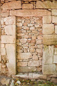 Free Old Concrete Walled Door Stock Photo - 22432930