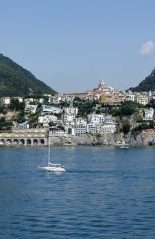 Free Amalfi Coast Royalty Free Stock Photo - 22446615