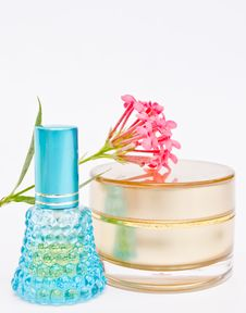 Free Perfume And Powder With Flower On White Background Stock Photo - 22450410