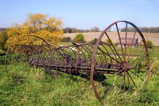 Free Abandon Rustic Farm Rake Royalty Free Stock Photos - 22461068