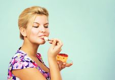 Free Lovely Girl Eating Fruit Cake Royalty Free Stock Photos - 22469108