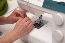Free Sewing Machine And Thread Close-up Royalty Free Stock Images - 22482619