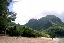 Free Beach And Mountain On Kauai. Stock Images - 2250544