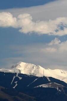 Mountains Under Snow Royalty Free Stock Images