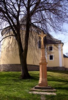 Free Crucifix Around Church Royalty Free Stock Photos - 2256748