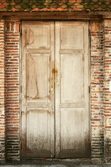 Free Old Wooden Doors Royalty Free Stock Photography - 22500507
