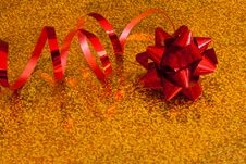Free Red Bow With Ribbon Stock Photos - 22502293