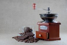 Free A Coffee Wooden  Grinder Stock Photography - 22516502