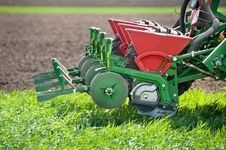 Free Tractor And Seeder Royalty Free Stock Images - 22524599