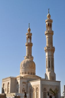 Free Mosque Royalty Free Stock Image - 22529606
