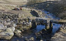 Free Clapper Bridge On Dartmoor Bridge National Park Royalty Free Stock Images - 22542919