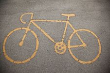 Sign A Bicycle Path On The Pavement Royalty Free Stock Images