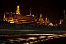 Free Temple At Night Royalty Free Stock Image - 22544926