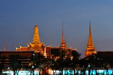 Free Wat Phra Kaew At Twilight. Stock Photo - 22552700