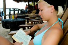 Free Woman With A Book Royalty Free Stock Photos - 22558438