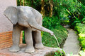 Free Elephant Fountain Royalty Free Stock Image - 22560476