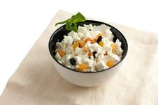 Free Fresh Cottage Cheese With Raisins In A Bowl Royalty Free Stock Photos - 22562678