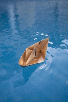 Free Golden Boat Stock Images - 22590284