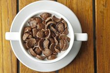 Free Cocoa Cereal In White Cup Royalty Free Stock Images - 22592249