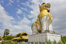 Free Big Lion Statues. Stock Image - 22592341