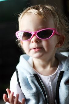 Free Little Girl In Sunglasses Stock Image - 2266881