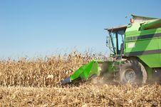 Free Combine Harvesting Royalty Free Stock Photos - 22600458