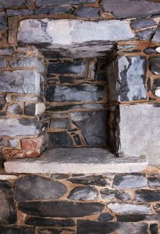 Free Niche In A Stone Wall Royalty Free Stock Photography - 22604957