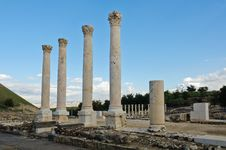 Free Ruins Of Decapolis Street At Beth Shean Royalty Free Stock Photography - 22606587