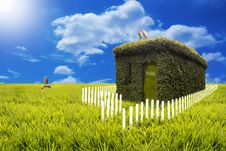 Free Green House Paradise - A Perfect Home Royalty Free Stock Photography - 22607157