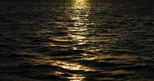 Free Sunset On The Water Royalty Free Stock Photography - 22610607