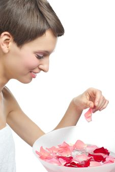 Free Woman Going To Wash Her face Stock Photos - 22614273