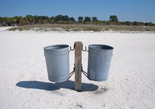 Free Pair Of Trash Cans On A Beach Stock Photo - 22615190
