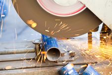 Free The Smith Are Cutting Steel Royalty Free Stock Photos - 22634218