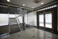 Free Stair And Door In Modern Building Royalty Free Stock Photos - 22648668