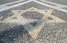 Star N The Pavement - Vigevano S Church Italy Stock Image