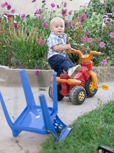 Free Boy Riding Bike Stock Images - 22655074