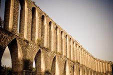 Free Roman Aqueduct Stock Images - 22665484