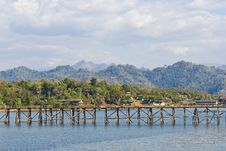 Free Longest Wooden Bridge In Thailand Royalty Free Stock Photography - 22665767