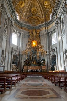 Free Cattedra Of St.Peter S Basilica Royalty Free Stock Photography - 22666177